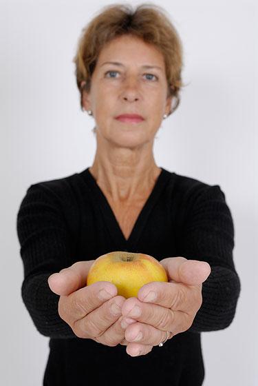 Alimentação saudável contra a osteoporose na mulher